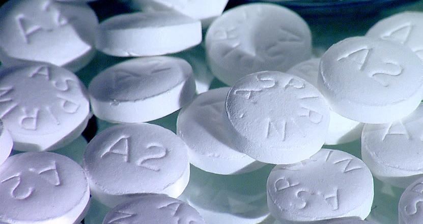 rossz lehelet és fehér csomók gyermekeknél alkalmazott helminthiasis drogok