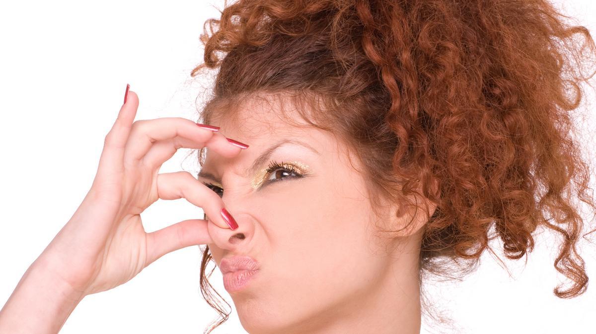 kiegészítő szag a szájból