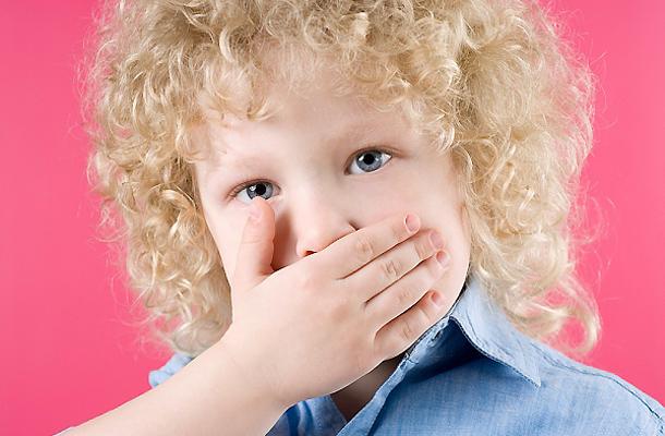 5 betegség, amitől büdös lesz a szája