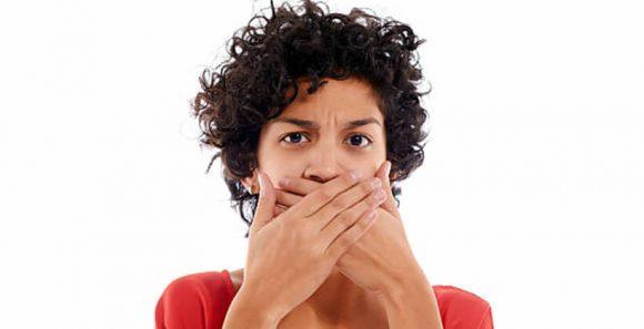 Rossz lehelet tüsszentés után